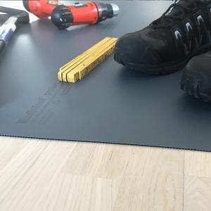 Wellplast®- kanalplast som skydd till golvet